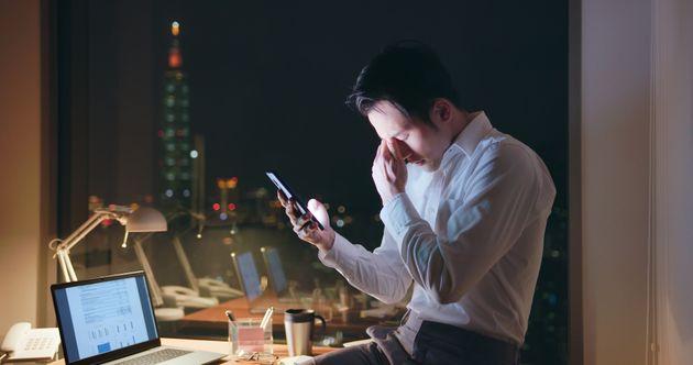 長時間労働が原因で、年間74万5000人以上が死亡。「深刻な健康上の危険」WHOが警告