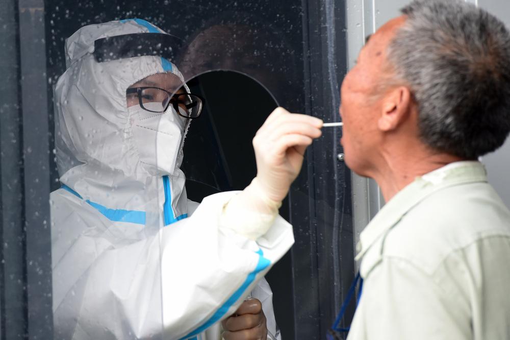 安徽省肥西県、住民に核酸検査 新規感染確認で緊急対策