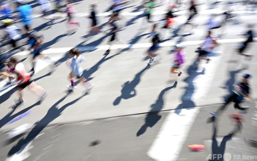 ニューヨークマラソン、参加者6割で11月に開催