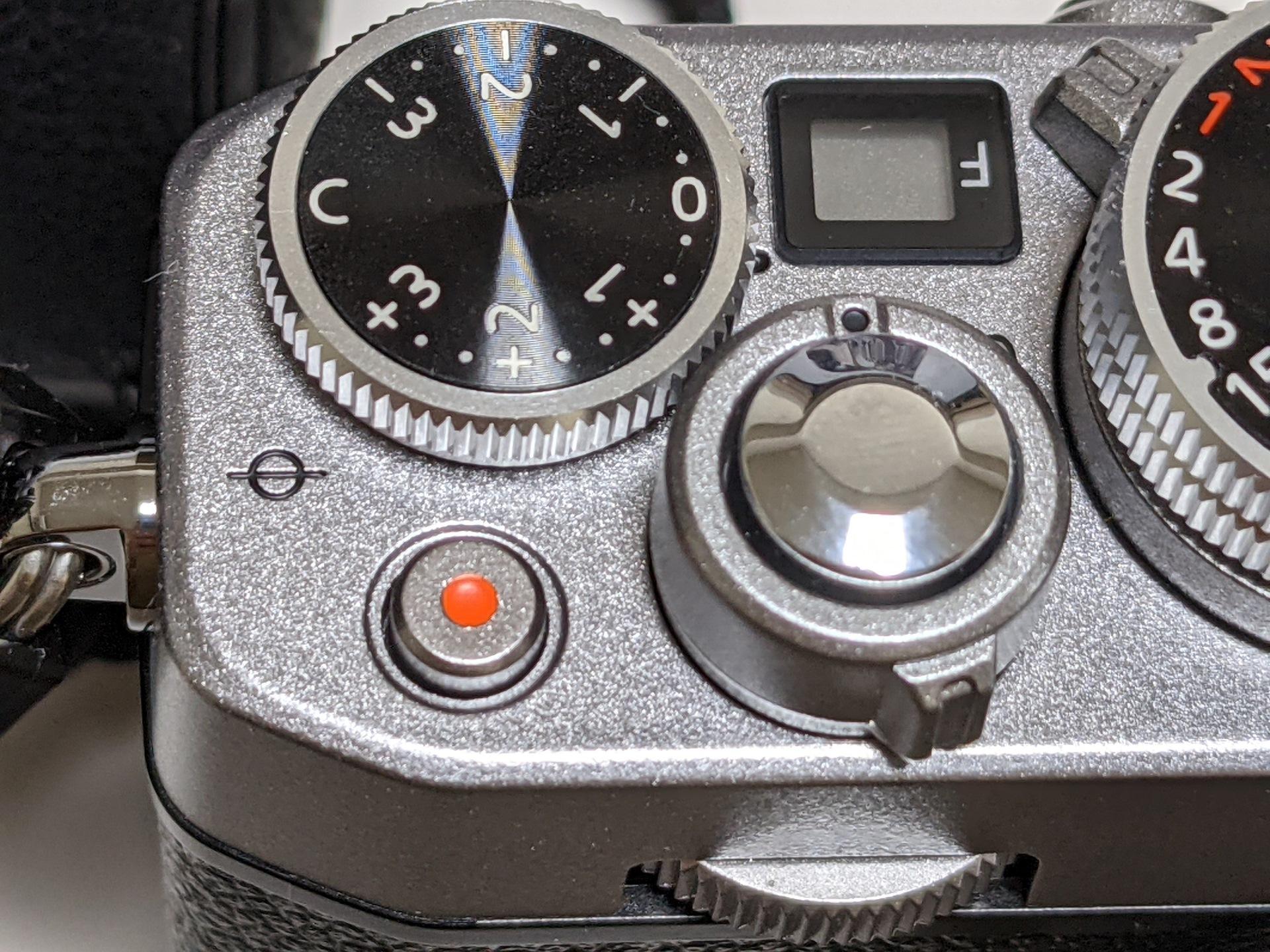 【山田祥平のRe:config.sys】老害上等、新しいカメラの古い使い方