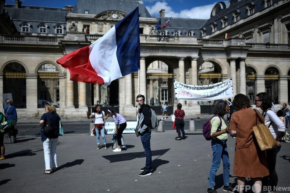 フランス、高齢者などにブースター接種 9月開始へ