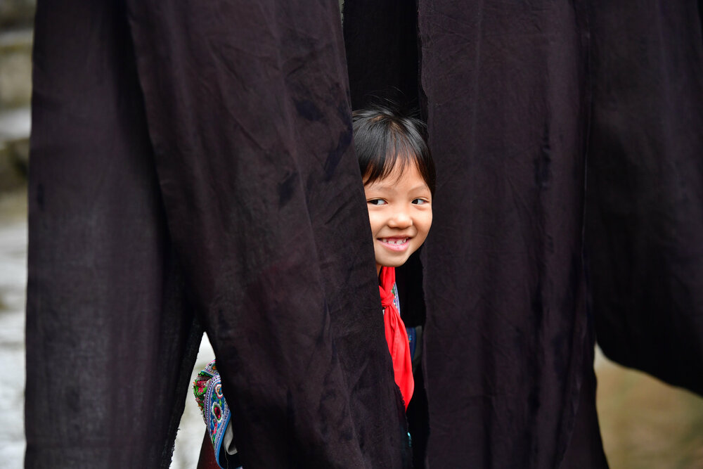 ミャオ族伝統の布「亮布」の文化祭開催 広西チワン族自治区